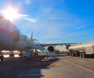 Заправка ВС Б-747 авиакеросином ТС1